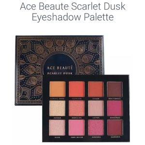 ACE Beaute Scarlett Dusk Eye Palette